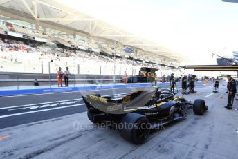 World © Octane Photographic Ltd. Formula 1 – Abu Dhabi GP - Practice 3. Renault Sport F1 Team RS18 – Carlos Sainz. Yas Marina Circuit, Abu Dhabi. Saturday 24th November 2018.