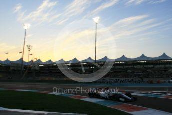 World © Octane Photographic Ltd. Formula 1 –  Abu Dhabi GP - Qualifying. Alfa Romeo Sauber F1 Team C37 – Charles Leclerc. Yas Marina Circuit, Abu Dhabi. Saturday 24th November 2018.