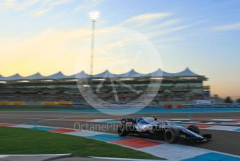 World © Octane Photographic Ltd. Formula 1 – Abu Dhabi GP - Qualifying. Williams Martini Racing FW41 – Sergey Sirotkin. Yas Marina Circuit, Abu Dhabi. Saturday 24th November 2018.