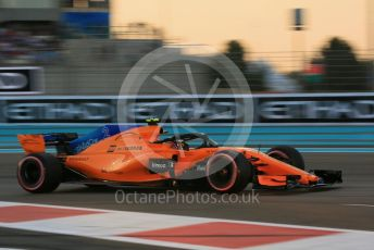 World © Octane Photographic Ltd. Formula 1 – Abu Dhabi GP - Qualifying. McLaren MCL33 – Stoffel Vandoorne. Yas Marina Circuit, Abu Dhabi. Saturday 24th November 2018.