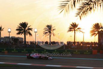World © Octane Photographic Ltd. Formula 1 –  Abu Dhabi GP - Qualifying. Racing Point Force India VJM11 - Esteban Ocon. Yas Marina Circuit, Abu Dhabi. Saturday 24th November 2018.