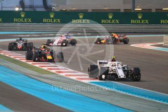World © Octane Photographic Ltd. Formula 1 –  Abu Dhabi GP - Race. Alfa Romeo Sauber F1 Team C37 – Charles Leclerc and Aston Martin Red Bull Racing TAG Heuer RB14 – Daniel Ricciardo. Yas Marina Circuit, Abu Dhabi. Sunday 25th November 2018.