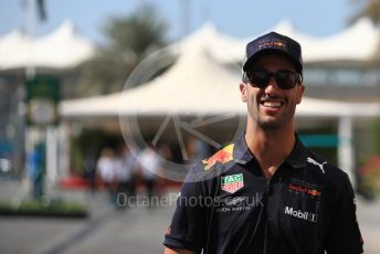 World © Octane Photographic Ltd. Formula 1 –  Abu Dhabi GP - Paddock. Aston Martin Red Bull Racing TAG Heuer RB14 – Daniel Ricciardo. Yas Marina Circuit, Abu Dhabi. Friday 23rd November 2018.