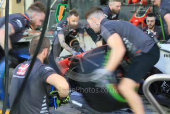 World © Octane Photographic Ltd. Formula 1 –  Abu Dhabi GP - Pit Lane. Haas F1 Team VF-18 – practice pit stop. Yas Marina Circuit, Abu Dhabi. Thursday 22nd November 2018.