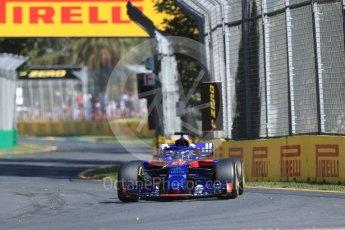 World © Octane Photographic Ltd. Formula 1 – Australian GP - Friday Practice 1. Scuderia Toro Rosso STR13 – Brendon Hartley. Albert Park, Melbourne, Australia. Friday 23rd March 2018.