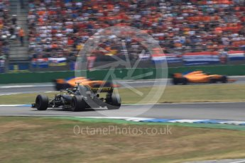 World © Octane Photographic Ltd. Formula 1 – German GP - Race. McLaren MCL33 – Stoffel Vandoorne and Fernando Alonso and Renault Sport F1 Team RS18 – Nico Hulkenberg. Hockenheimring, Baden-Wurttemberg, Germany. Sunday 22nd July 2018.