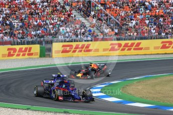World © Octane Photographic Ltd. Formula 1 – German GP - Race. Scuderia Toro Rosso STR13 – Brendon Hartley, Pierre Gasly and Aston Martin Red Bull Racing TAG Heuer RB14 – Daniel Ricciardo. Hockenheimring, Baden-Wurttemberg, Germany. Sunday 22nd July 2018.
