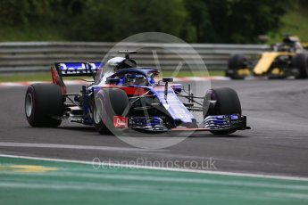 World © Octane Photographic Ltd. Formula 1 – Hungarian GP - Qualifying. Scuderia Toro Rosso STR13 – Brendon Hartley and Renault Sport F1 Team RS18 – Nico Hulkenberg. Hungaroring, Budapest, Hungary. Saturday 28th July 2018.