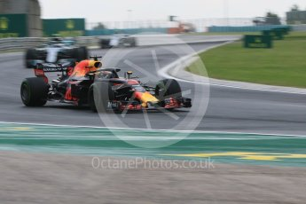 World © Octane Photographic Ltd. Formula 1 – Hungarian GP - Qualifying. Aston Martin Red Bull Racing TAG Heuer RB14 – Daniel Ricciardo. Hungaroring, Budapest, Hungary. Saturday 28th July 2018.