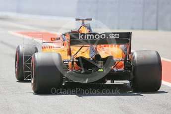 World © Octane Photographic Ltd. Formula 1 – In season test 1, day 1. McLaren MCL33 – Stoffel Vandoorne. Circuit de Barcelona-Catalunya, Spain. Tuesday 15th May 2018.