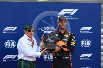 World © Octane Photographic Ltd. Formula 1 – Monaco GP - Qualifying. Aston Martin Red Bull Racing TAG Heuer RB14 – Daniel Ricciardo and Sir Jackie Stewart. Monte-Carlo. Saturday 26th May 2018.