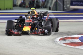 World © Octane Photographic Ltd. Formula 1 – Singapore GP - Race. Aston Martin Red Bull Racing TAG Heuer RB14 – Max Verstappen. Marina Bay Street Circuit, Singapore. Sunday 16th September 2018.
