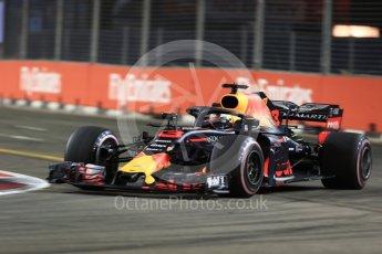 World © Octane Photographic Ltd. Formula 1 – Singapore GP - Practice 2. Aston Martin Red Bull Racing TAG Heuer RB14 – Daniel Ricciardo. Marina Bay Street Circuit, Singapore. Friday 14th September 2018.