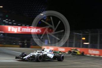 World © Octane Photographic Ltd. Formula 1 – Singapore GP - Practice 2. Williams Martini Racing FW41 – Sergey Sirotkin. Marina Bay Street Circuit, Singapore. Friday 14th September 2018.