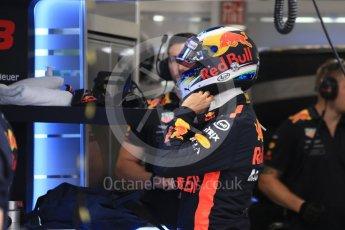 World © Octane Photographic Ltd. Formula 1 – Singapore GP - Practice 3. Aston Martin Red Bull Racing TAG Heuer RB14 – Daniel Ricciardo. Marina Bay Street Circuit, Singapore. Saturday 15th September 2018.