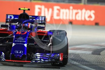 World © Octane Photographic Ltd. Formula 1 – Singapore GP - Qualifying. Scuderia Toro Rosso STR13 – Pierre Gasly. Marina Bay Street Circuit, Singapore. Saturday 15th September 2018.