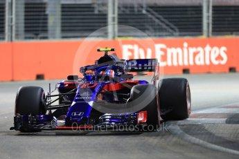 World © Octane Photographic Ltd. Formula 1 – Singapore GP - Qualifying. Scuderia Toro Rosso STR13 – Pierre Gasly. Marina Bay Street Circuit, Singapore. Saturday 15th September 2018.