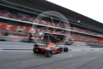 World © Octane Photographic Ltd. Formula 1 – Spanish GP - Saturday Practice 3. Aston Martin Red Bull Racing TAG Heuer RB14 – Daniel Ricciardo. Circuit de Barcelona-Catalunya, Spain. Saturday 12th May 2018.