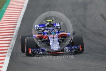 World © Octane Photographic Ltd. Formula 1 – Spanish GP - Saturday Qualifying. Scuderia Toro Rosso STR13 – Pierre Gasly. Circuit de Barcelona-Catalunya, Spain. Saturday 12th May 2018.