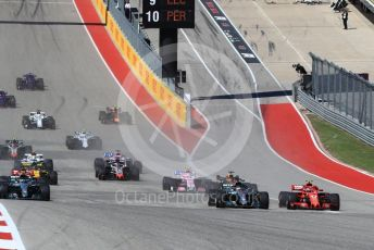 World © Octane Photographic Ltd. Formula 1 – United States GP – Race. Mercedes AMG Petronas Motorsport AMG F1 W09 EQ Power+ - Lewis Hamilton moves towards before Scuderia Ferrari SF71-H – Kimi Raikkonen takes the lead. Circuit of the Americas (COTA), USA. Sunday 21st October 2018.