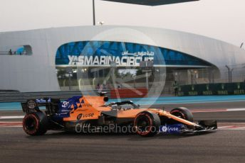 World © Octane Photographic Ltd. Formula 1 – Abu Dhabi GP - Qualifying. McLaren MCL34 – Carlos Sainz. Yas Marina Circuit, Abu Dhabi, UAE. Saturday 30th November 2019.