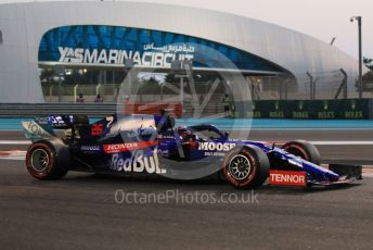 World © Octane Photographic Ltd. Formula 1 – Abu Dhabi GP - Qualifying. Scuderia Toro Rosso STR14 – Daniil Kvyat. Yas Marina Circuit, Abu Dhabi, UAE. Saturday 30th November 2019.