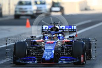 World © Octane Photographic Ltd. Formula 1 – Abu Dhabi Pirelli Tyre Test. Scuderia Toro Rosso STR14 – Sean Gelael. Yas Marina Circuit, Abu Dhabi, UAE. Tuesday 3rd December 2019.