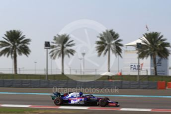 World © Octane Photographic Ltd. Formula 1 – Abu Dhabi Pirelli Tyre Test. Scuderia Toro Rosso STR14 – Sean Gelael. Yas Marina Circuit, Abu Dhabi, UAE. Tuesday 3rd December 2019.