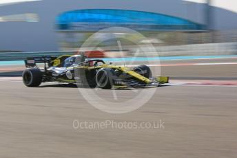 World © Octane Photographic Ltd. Formula 1 – Abu Dhabi Pirelli Tyre Test. Renault Sport F1 Team RS19 – Esteban Ocon. Yas Marina Circuit, Abu Dhabi, UAE. Wednesday 4th December 2019.