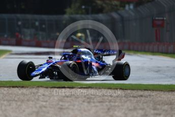 World © Octane Photographic Ltd. Formula 1 – Australian GP Practice 1. Scuderia Toro Rosso STR14 – Alexander Albon with missing front wing. Friday 15th Melbourne, Australia. Friday 15th March 2019.