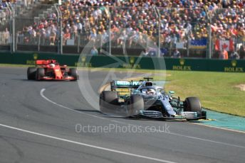 World © Octane Photographic Ltd. Formula 1 – Australian GP Race. Mercedes AMG Petronas Motorsport AMG F1 W10 EQ Power+ - Lewis Hamilton and Scuderia Ferrari SF90 – Sebastian Vettel. Melbourne, Australia. Sunday 17th March 2019.
