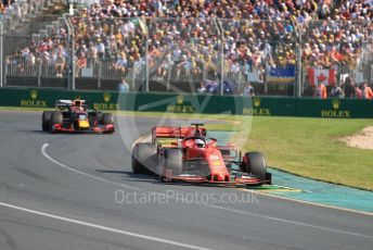 World © Octane Photographic Ltd. Formula 1 – Australian GP Race. Scuderia Ferrari SF90 – Sebastian Vettel and Aston Martin Red Bull Racing RB15 – Max Verstappen. Melbourne, Australia. Sunday 17th March 2019.