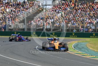 World © Octane Photographic Ltd. Formula 1 – Australian GP Race. McLaren MCL34 – Lando Norris and Scuderia Toro Rosso STR14 – Alexander Albon. Melbourne, Australia. Sunday 17th March 2019.