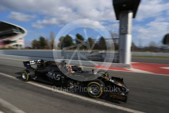 World © Octane Photographic Ltd. Formula 1 – Winter Testing - Test 1 - Day 2. Rich Energy Haas F1 Team VF19 – Kevin Magnussen. Circuit de Barcelona-Catalunya. Tuesday 19th February 2019.