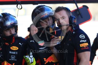 World © Octane Photographic Ltd. Formula 1 – Winter Testing - Test 2 - Day 2. Aston Martin Red Bull Racing RB15 – Max Verstappen pit crew talking after a pit stop. Circuit de Barcelona-Catalunya. Wednesday 27th February 2019.