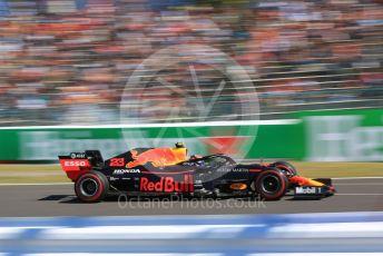 World © Octane Photographic Ltd. Formula 1 – Japanese GP - Qualifying. Aston Martin Red Bull Racing RB15 – Alexander Albon. Suzuka Circuit, Suzuka, Japan. Sunday 13th October 2019.