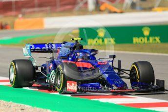 World © Octane Photographic Ltd. Formula 1 – Spanish GP. Practice 1. Scuderia Toro Rosso STR14 – Alexander Albon. Circuit de Barcelona Catalunya, Spain. Friday 10th May 2019.