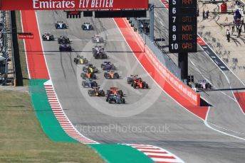World © Octane Photographic Ltd. Formula 1 – United States GP - Race. Mercedes AMG Petronas Motorsport AMG F1 W10 EQ Power+ - Valtteri Bottas heads the pack ahead of the start. Circuit of the Americas (COTA), Austin, Texas, USA. Sunday 3rd November 2019.