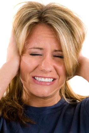 Как влияет остеохондроз на организм: слабость, боль и озноб. Боль в ушах при остеохондрозе: причины и симптомы патологии, современные методы лечения заболевания
