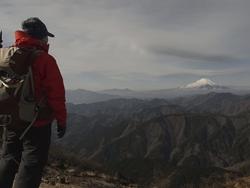 富士山を見る男。その2。