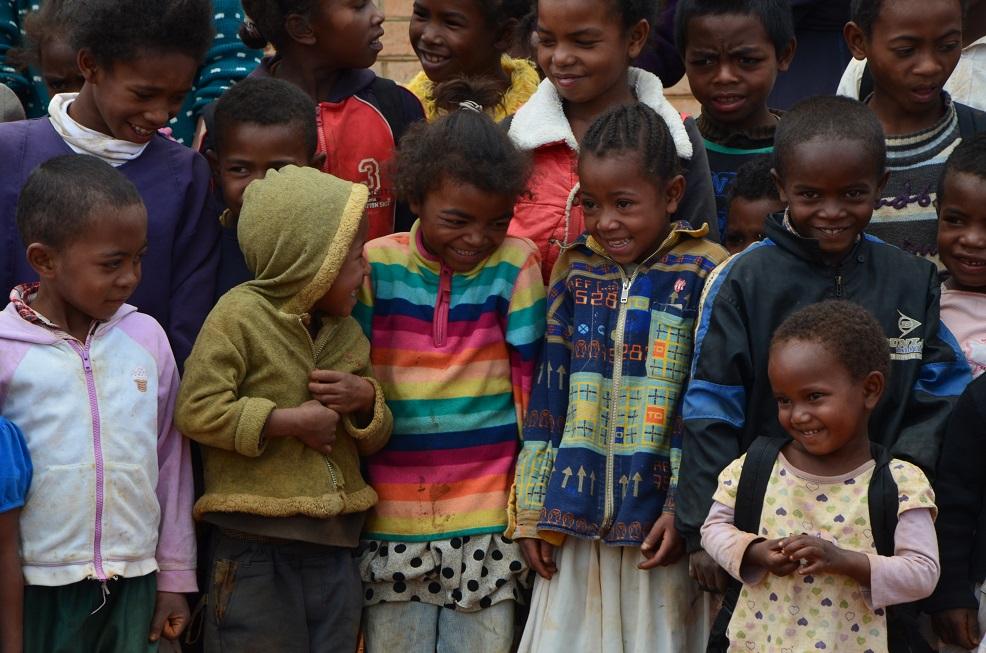 enfants école madagascar