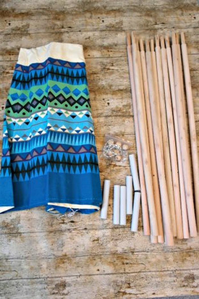 Blue Aztec Wigwam | Set-up http://oddhogg.com