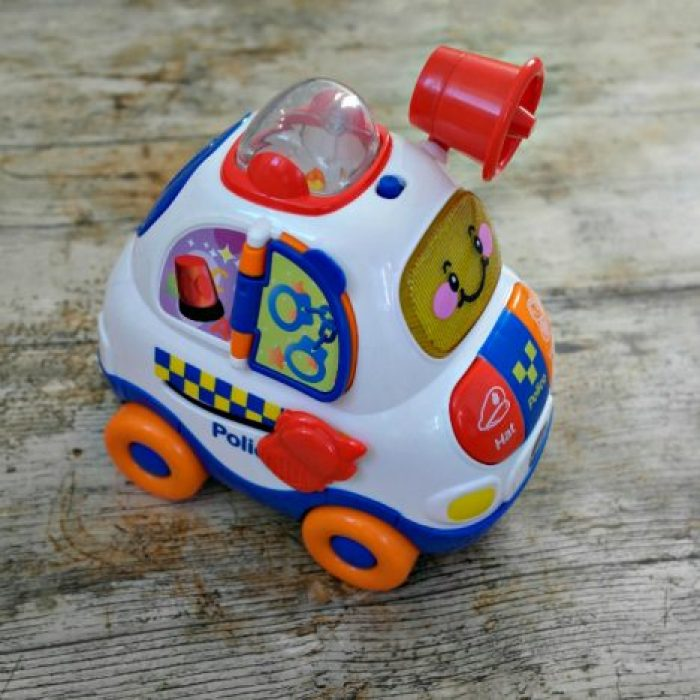 1st Birthday Gift Guide | Vtech Drive And Discover Police Car http://oddhogg.com