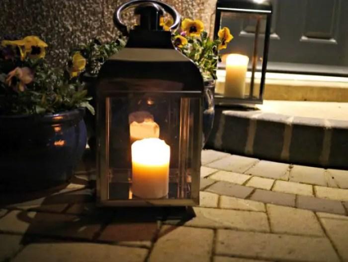 Lanterns | In the dark http://oddhogg.com