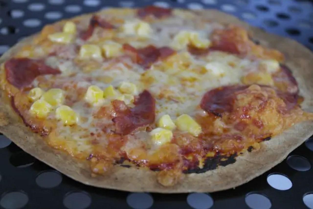 Tortilla Pozza Recipe | Cooked pizza http://oddhogg.com