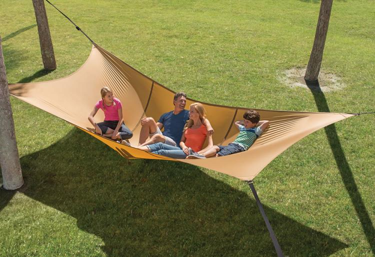 Giant Hammock Holds Up To 1100 LBs