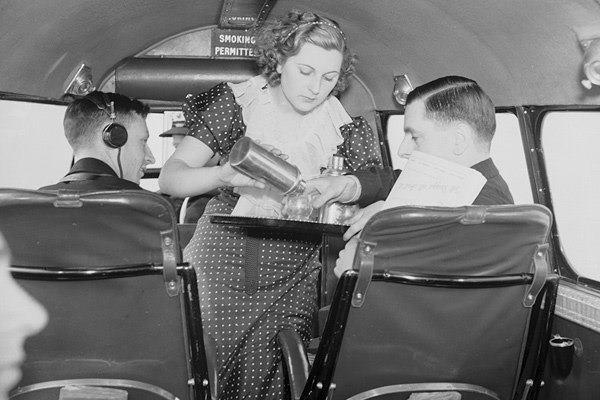La primera azafata de vuelo de la historia, Ellen Church.