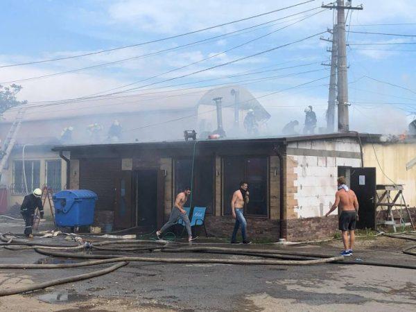 В Лузановке горит кафе (фото, обновляется) | Новости ...