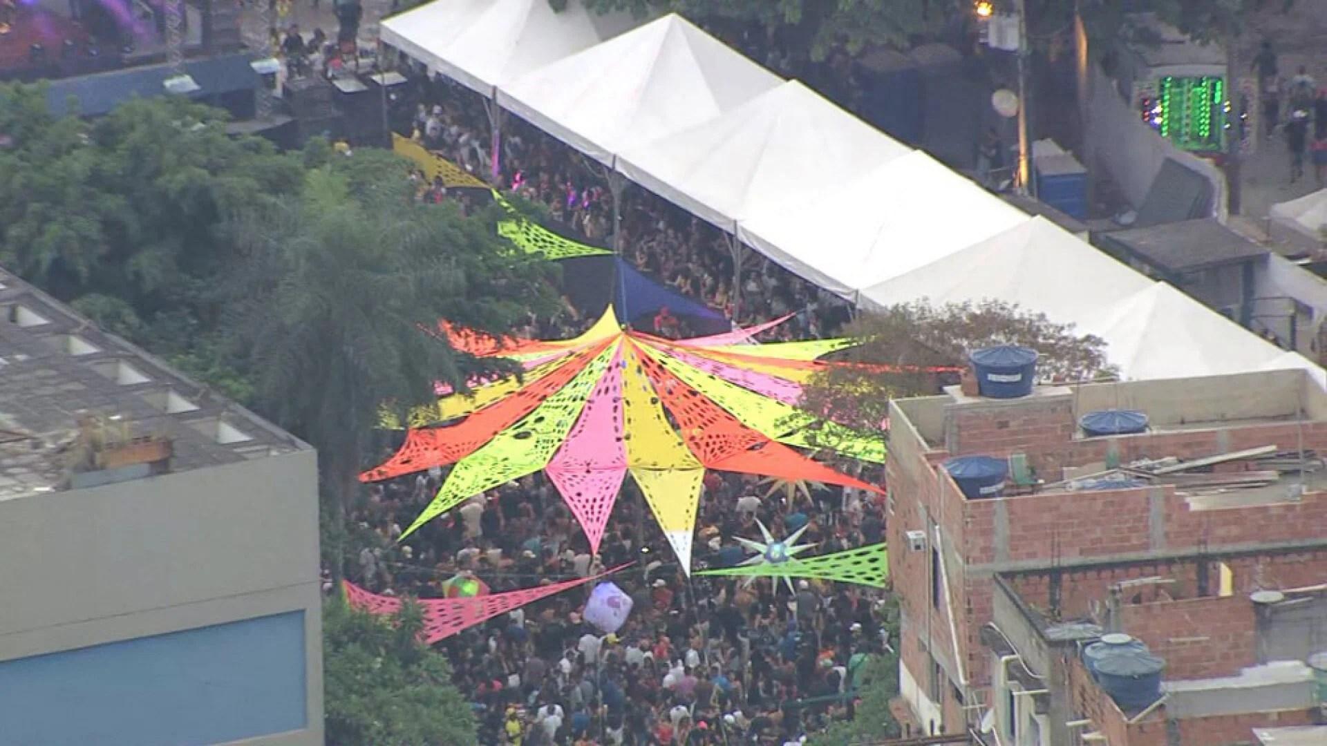 Apresentação foi acompanhada por multidão no Complexo da Maré - Reprodução/TV Globo