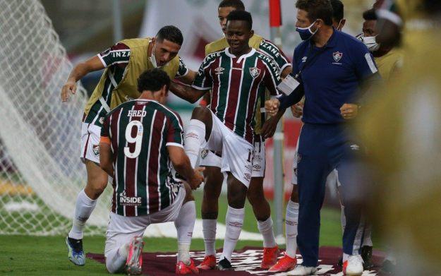 O ídolo Fred marcou na estreia na Libertadores e agradeceu Cazares pela assistência